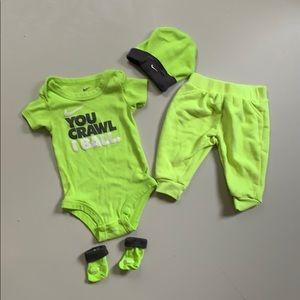 Other - Nike pour bébé